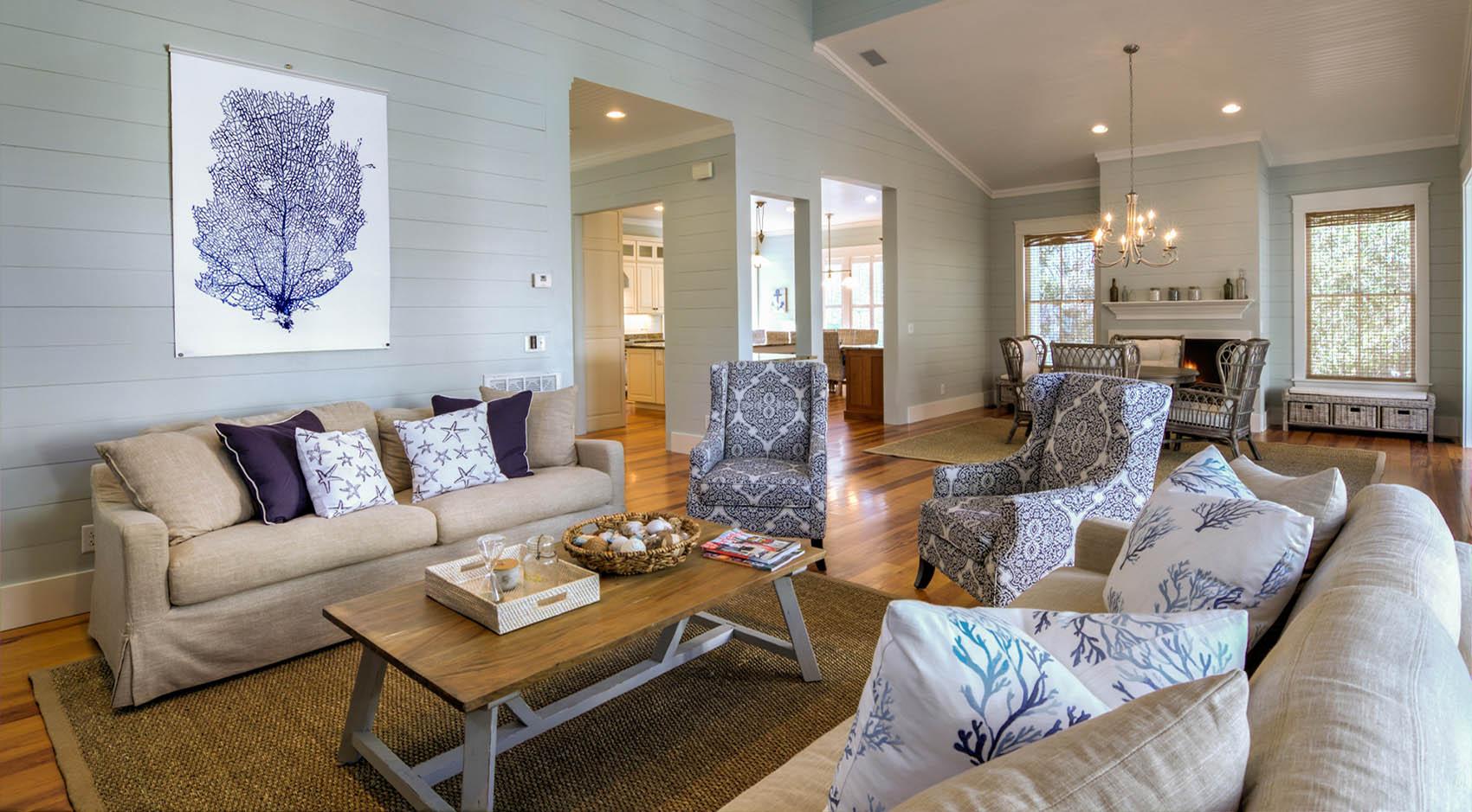 Living room in Charleston SC